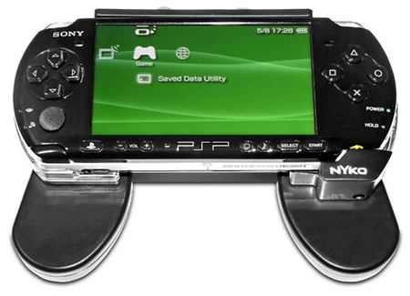 Nyko - PSP Charge Grip