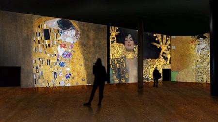 Sumérgete en el beso más famoso de la historia del arte: El Oro de Klimt llega a España