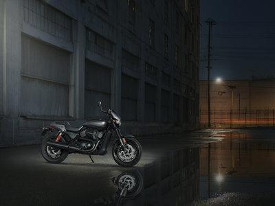 Más potente y mucho más agresiva, así es la nueva Harley-Davidson Street Rod