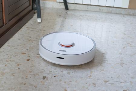 Roborock S5 Max, el potente robot aspirador de Xiaomi con guiado láser que también friega, rebajadísimo hoy en eBay: por 322 euros con este cupón