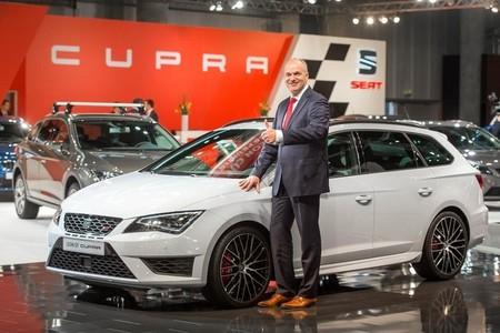 El SEAT León ST Cupra se presenta ante el mundo en el Salón de Viena