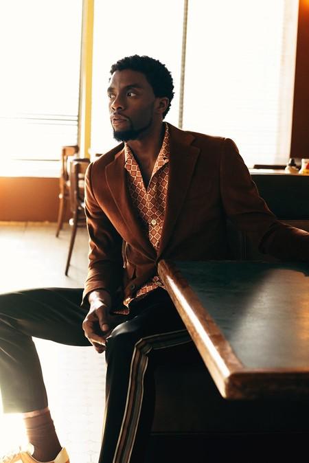 Chadwick Boseman Estrella De Black Panther Domina A La Perfeccion El Estilo Athleisure Para Mr Porter