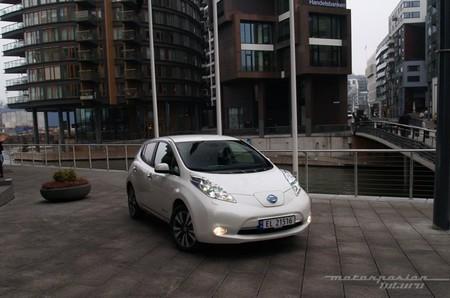 Nissan LEAF 2013 presentación en Oslo 06