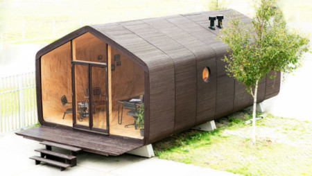 Wikkelhouse es una casa modular que está hecha de cartón
