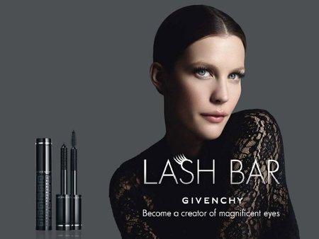Liv Tyler es el rostro de la nueva máscara de pestañas de Givenchy