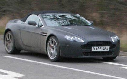 Aston Martin V8 Vantage Convertible, fotos espías