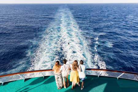 Cruceros: ¿ciudades flotantes para toda la familia?