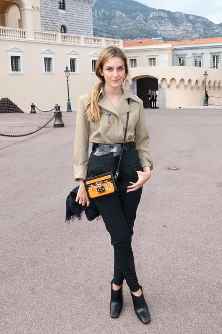 Gaia Repossi en el desfile de Louis Vuitton