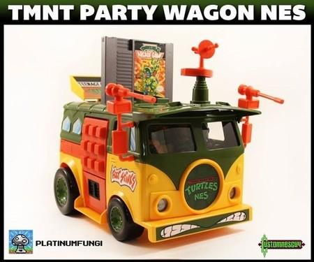 Imagen de la semana: la furgoneta de las Tortugas Ninja capaz de reproducir juegos de NES