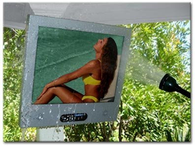 TV LCD para exterior: soporta la lluvia