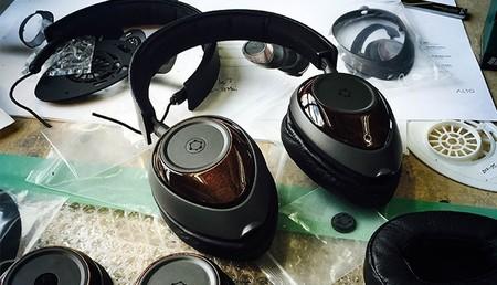 Estos auriculares ORA que se financian en KickStarter se basan en el grafeno para lograr una mayor calidad de sonido