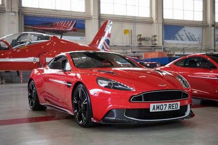 Aston Martin Wing Series 3