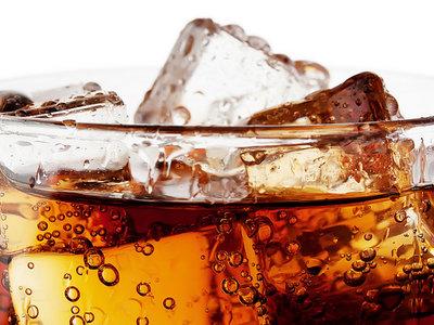 Coca-Cola bajará el azúcar de sus productos un 12% en los próximos años, ¿tendrán cabida en una dieta saludable?