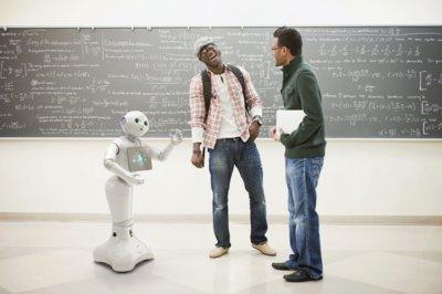 El robot Pepper va a conocer mundo gracias a Foxconn y Alibaba