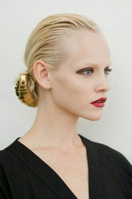 Un look sofisticado para la próxima primavera-verano 2012, la apuesta de Yves Saint Laurent