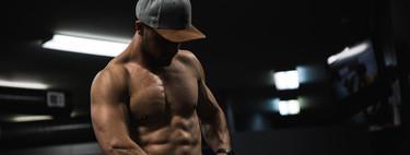 No solo de planchas viven tus abdominales: cuatro ejercicios para trabajar tu core en casa y en el gimnasio