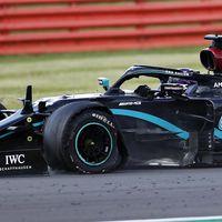 La lotería de los pinchazos destrozó las opciones de Carlos Sainz y Valtteri Bottas, pero salvó a Lewis Hamilton