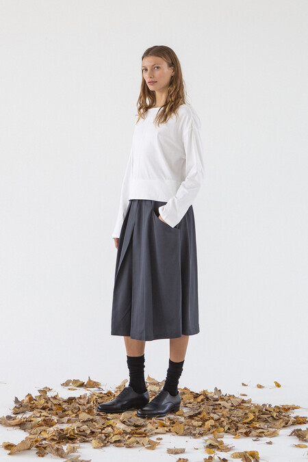 https://www.suite13.es/products/aura-skirt/
