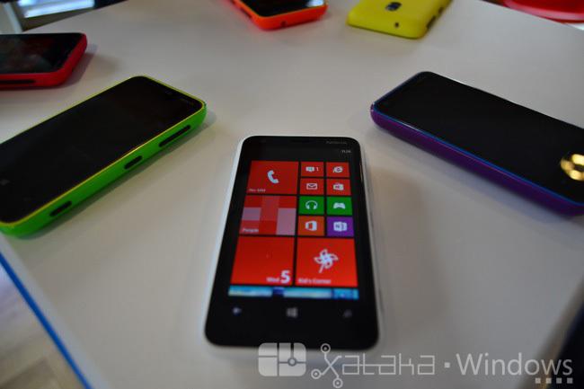 Foto de Nokia Lumia 620, primeras impresiones (1/15)