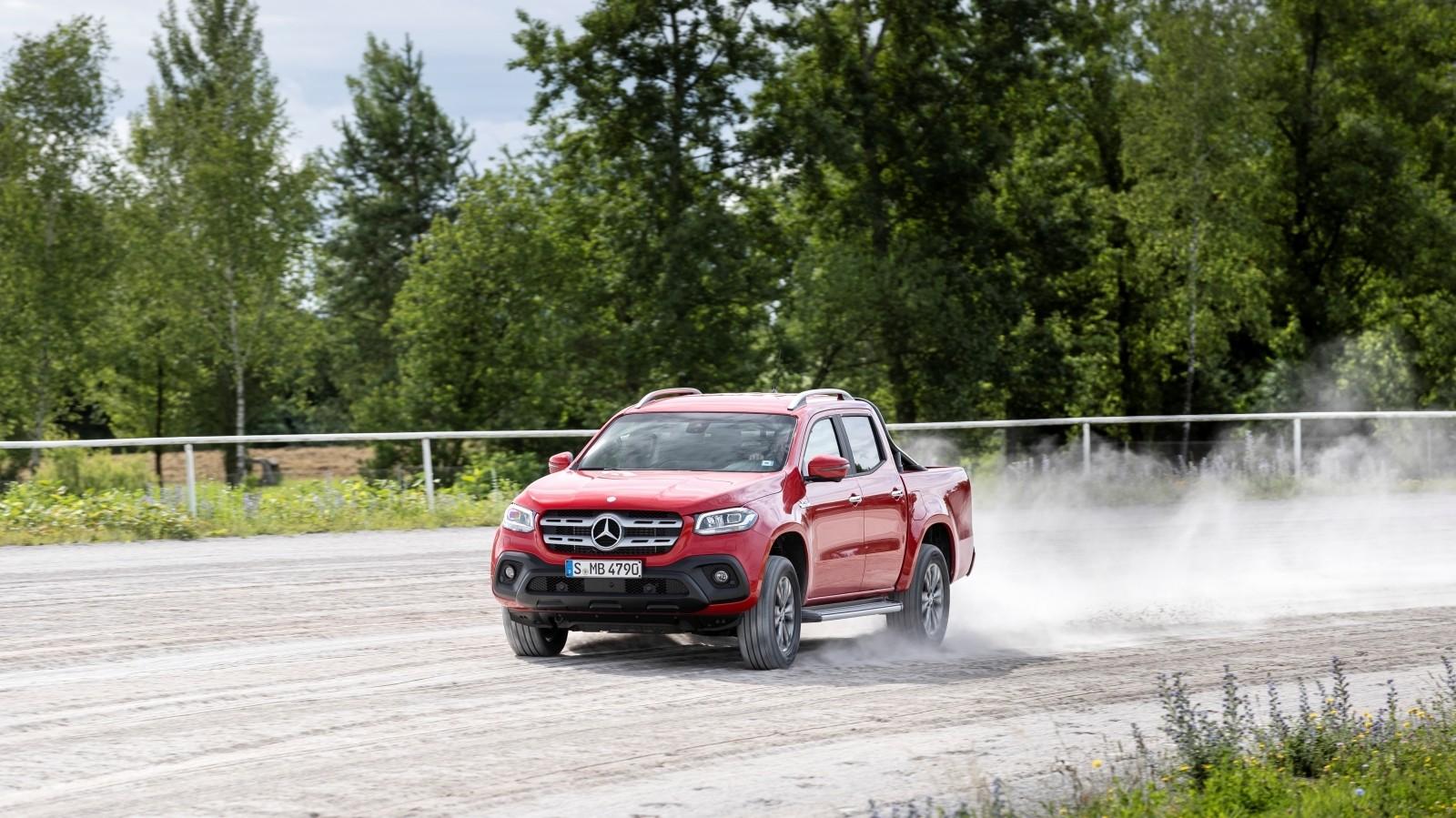 Foto de Mercedes-Benz Clase X 350d 2019 prueba contacto (65/78)