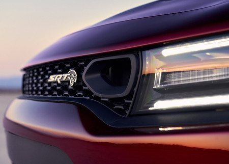 Dodge Charger 2019 5
