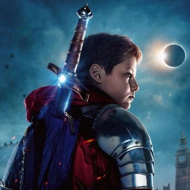 'El niño que pudo ser rey': una fantásica actualización de la leyenda de Excálibur que reformula los clásicos Amblin