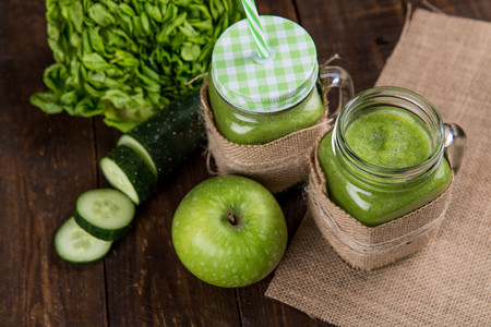 Apple Close Up Cucumber Delicious 616833 1