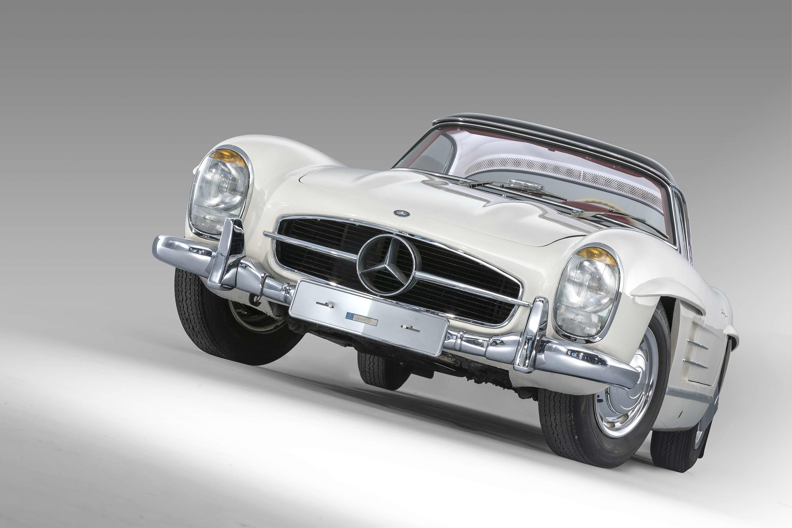 Foto de Mercedes-Benz SL300 1963 se vende en 70 millones de pesos (4/9)