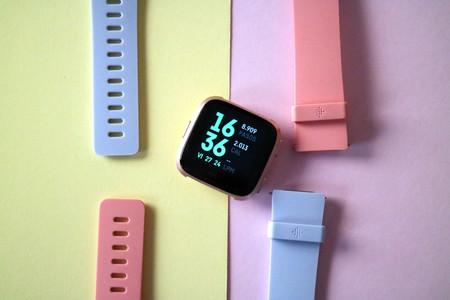 17 Correas para Fitbit Versa de diferentes estilos, tamaños, materiales y precio