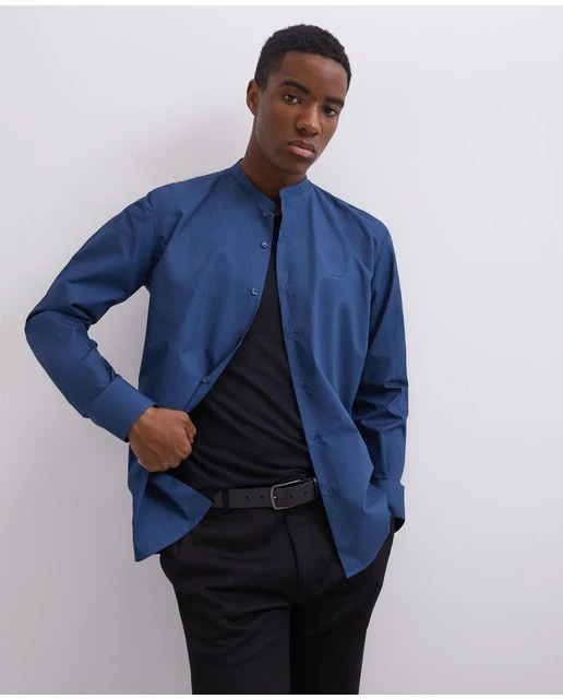 Camisa de hombre regular liso en azul