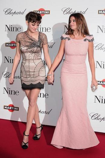 Alfombra roja en el estreno de Nine en París: los vestidos de Penélope Cruz y Marion Cotillard