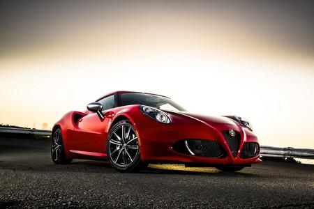 Alfa Romeo no se rinde con el 4C y ofrecerá varias mejoras en 2018