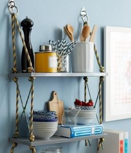 Hazlo tú mismo: una estantería con cuerda y tablas