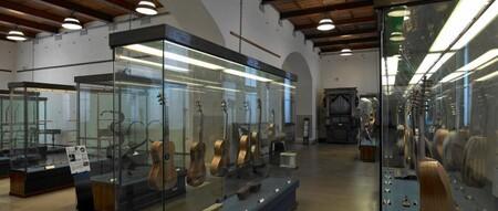 El Museo de los instrumentos, un recorrido por la historia de la música en el castillo Sforzesco de Milán