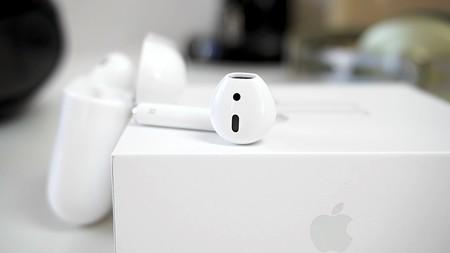 Auriculares inalámbricos Airpods de Apple con 30 euros de descuento y envío gratis