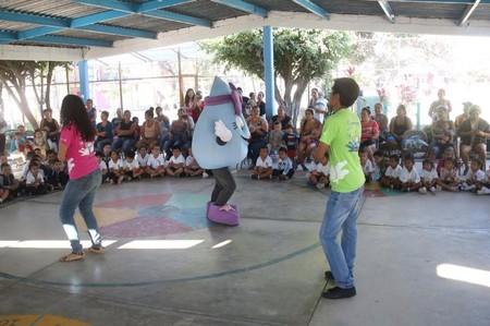 Diputados de Morena quieren prohibir el reggaetón y los narcocorridos en las escuelas de Sinaloa