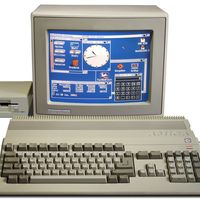 """Cuando Apple y Microsoft envidiaban a una empresa """"menor"""" como Commodore: el Amiga revolucionó con su multitarea apropiativa"""