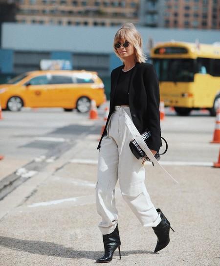 Los pantalones cargo de algodón han vuelto (para quedarse): cinco maneras de sacarles partido