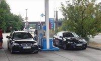 BMW M5 Touring, repostando junto a un M3