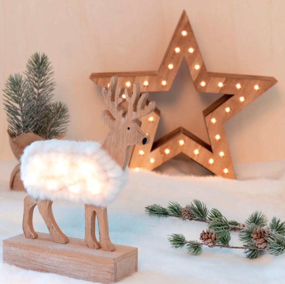 Decoración de Navidad luminosa en forma de reno de color crudo y natural