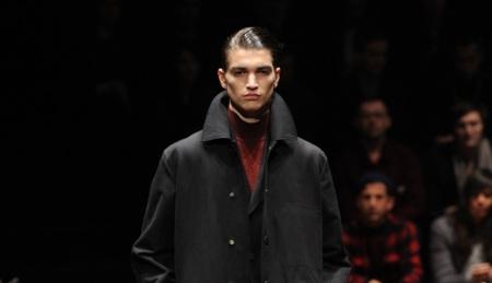 Moda para hombres: París y Milán marcan el ritmo de las tendencias