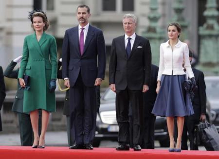 """La reina Letizia gana la """"batalla"""" en Bruselas, Matilde de Bélgica se queda en un segundo plano"""