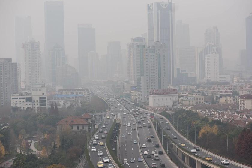 los autos eléctricos son causantes indirectos de la polución en China