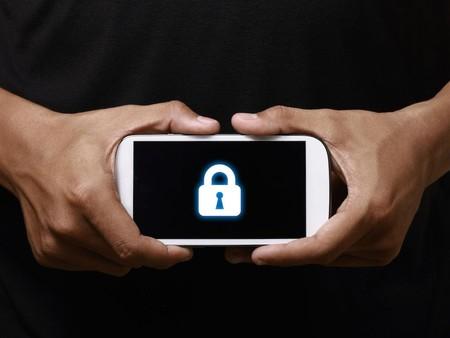 WhatsApp, Google y Apple rechazan la propuesta de Reino Unido de espiar chats cifrados