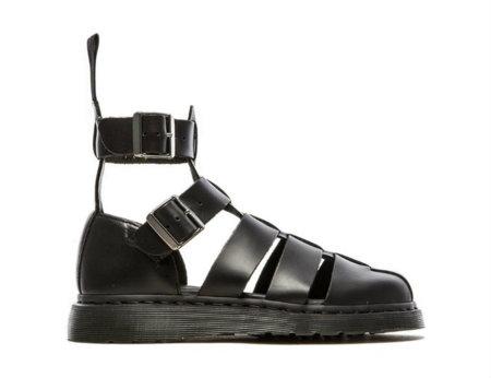 Hasta Dr. Martens se apunta a la moda de las sandalias para esta primavera