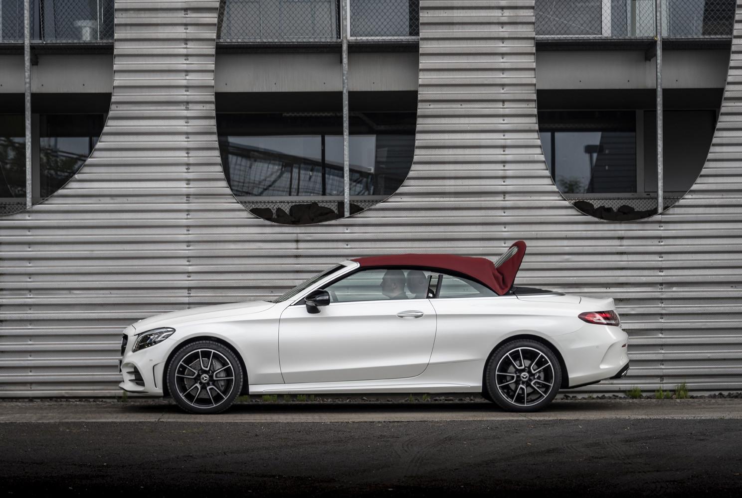Foto de Mercedes-Benz Clase C 2018, toma de contacto (88/255)