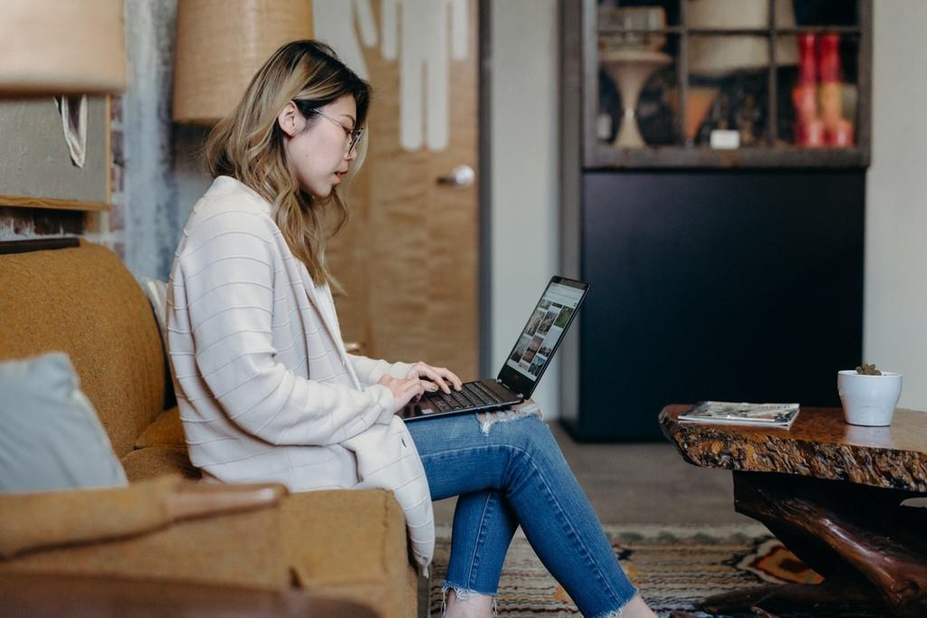 Higiene postural: ¿cómo debo sentarme para evitar el dolor de espalda y otros males mayores?