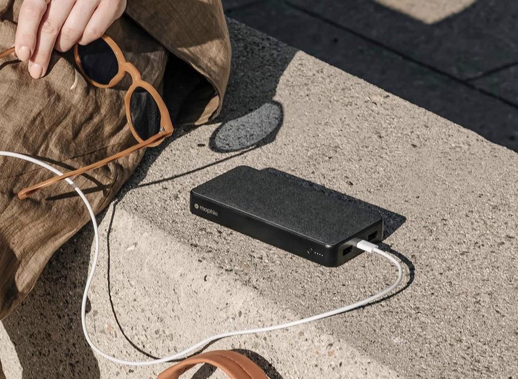 El catálogo de baterías externas de mophie se actualiza con recientes tamaños, conector USB-C y mas características