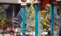 Andalucía ofrecerá agua y luz gratis a los perceptores del salario social