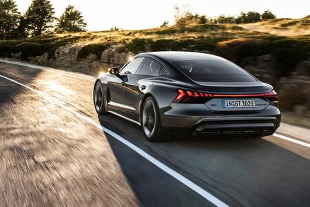 """Audi apuesta por futuros coches eléctricos con menos autonomía y más pequeños para evitar que sean """"innecesariamente caros"""""""